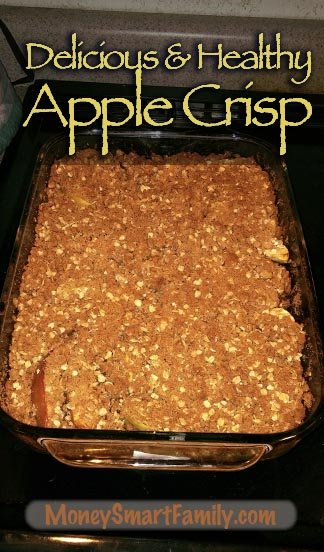 A Deliciously Healthy Apple Crisp Recipe! #AppleCrisp #HealthyAppleCrisp #AppleDessert #BakedAppleDessert #FallAppleDessert