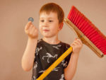 Should I Pay my Children for doing chores around the house? Should you give an allowance for Chores?