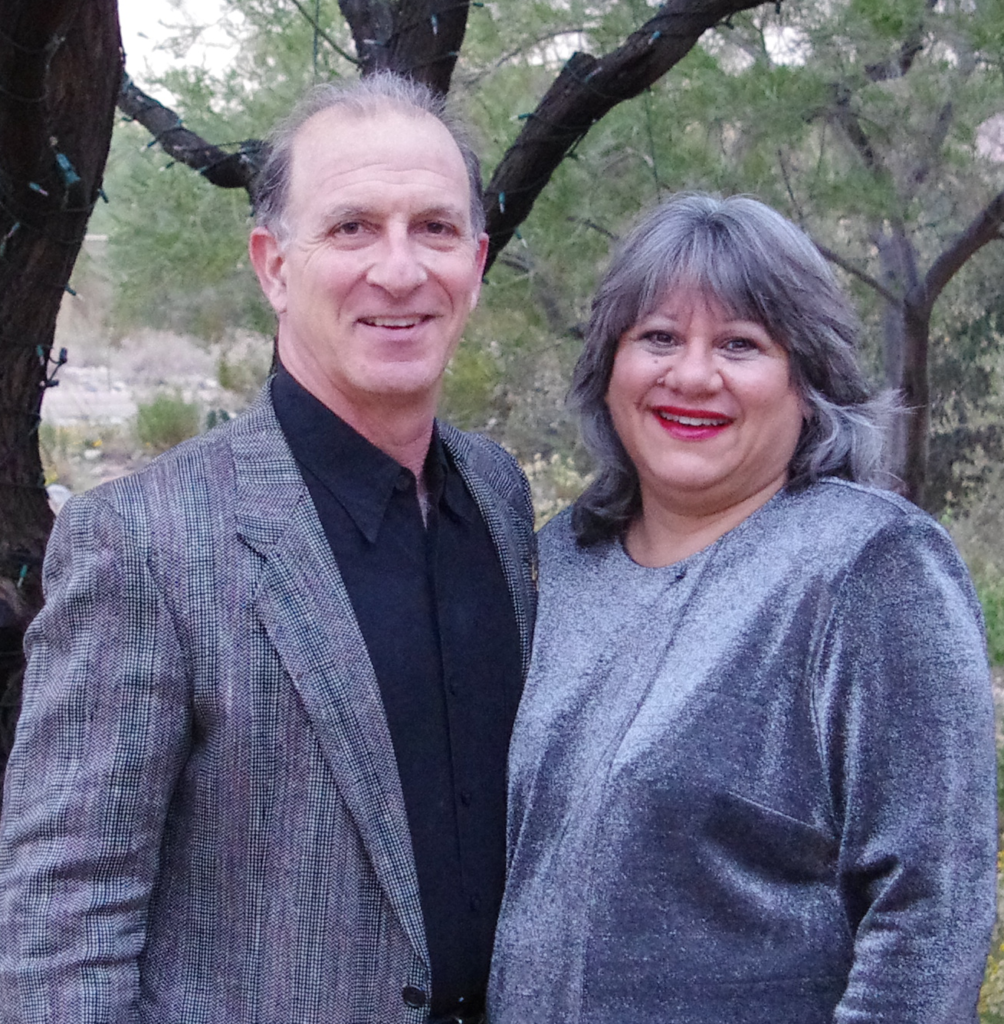 Steve & Annette Economides NY Times Best Selling Authors, Personal Finance Speakers Experts