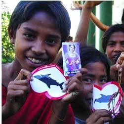 kids holding shark love free stickers